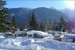Ein Indianer kennt keinen Schnee: Trendsport Snow-Zelting (Foto: Campingpark Isarhorn)