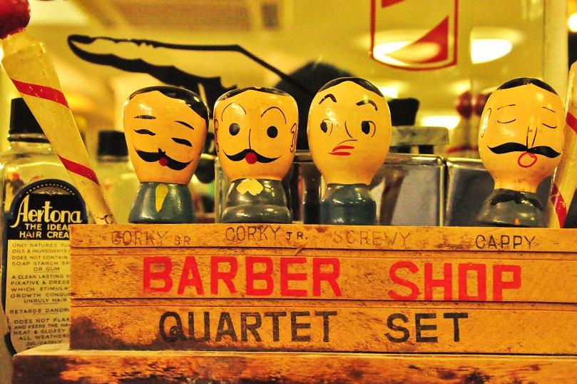Alles, was ein Mann braucht: scharfe Rasur und Waldorfs Hangover Buster (Foto: Munich Globe Bloggers)
