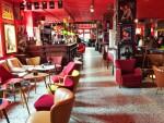 Ausgerollt: Schwarz-roter Teppich für Old Jaggerhand & Richy the Keith - Stones Fan Museum, Lüchow (Foto Munich Globe Bloggers)