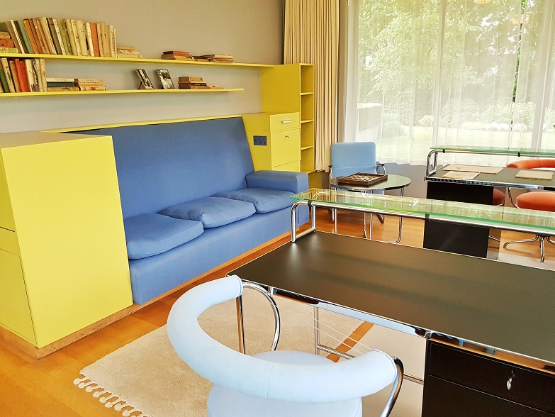 We proudly present unser neues MGB-on-tour-Office: retroposh, neo-post-arty-farty mit viel, viel Bauhaus-Karma – Sonneveld Huis, Rotterdam (Foto: Munich Globe Bloggers)